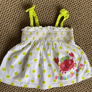 Baby summer dress size 6 months it lightly used.